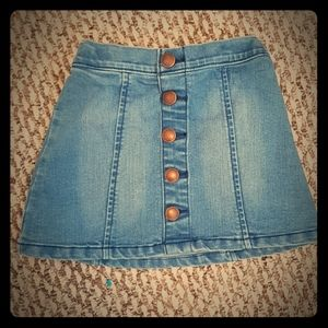Girls 4T denim skirt with button front